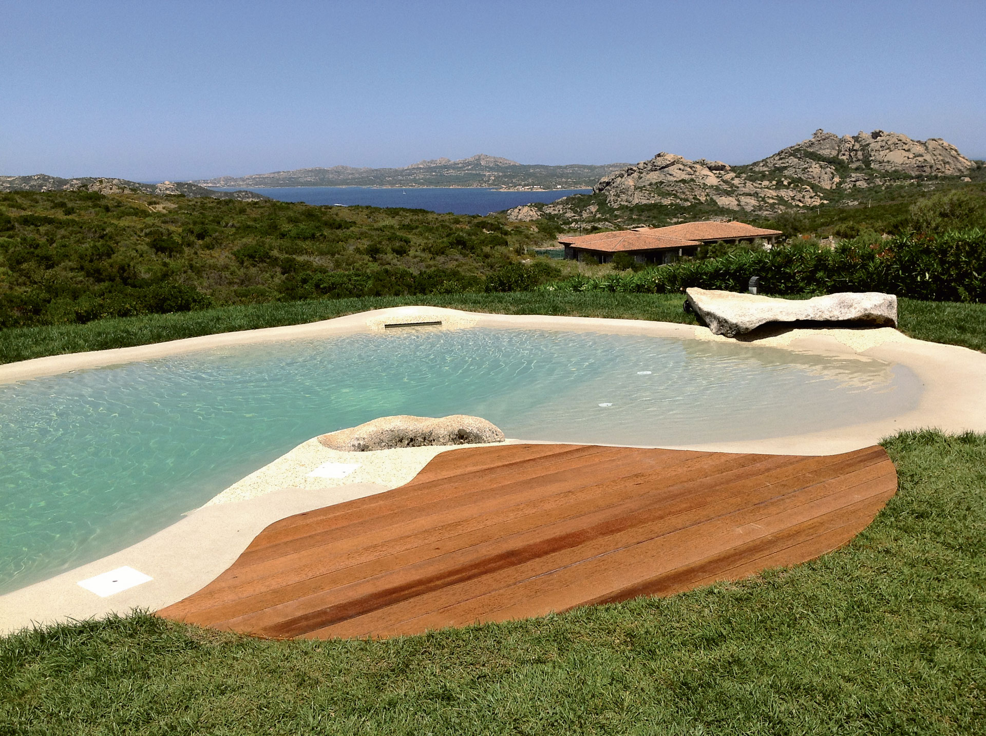 Gallery private swimming pools piscine bio design for Piscine biodesign